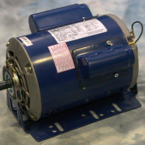 0.75kW, 1.0HP, 222V/415V Three Phase, 2-pole, Drip Proof, Resilient Base
